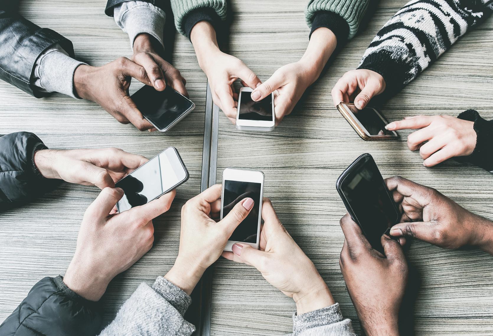 ¡Larga vida al móvil!