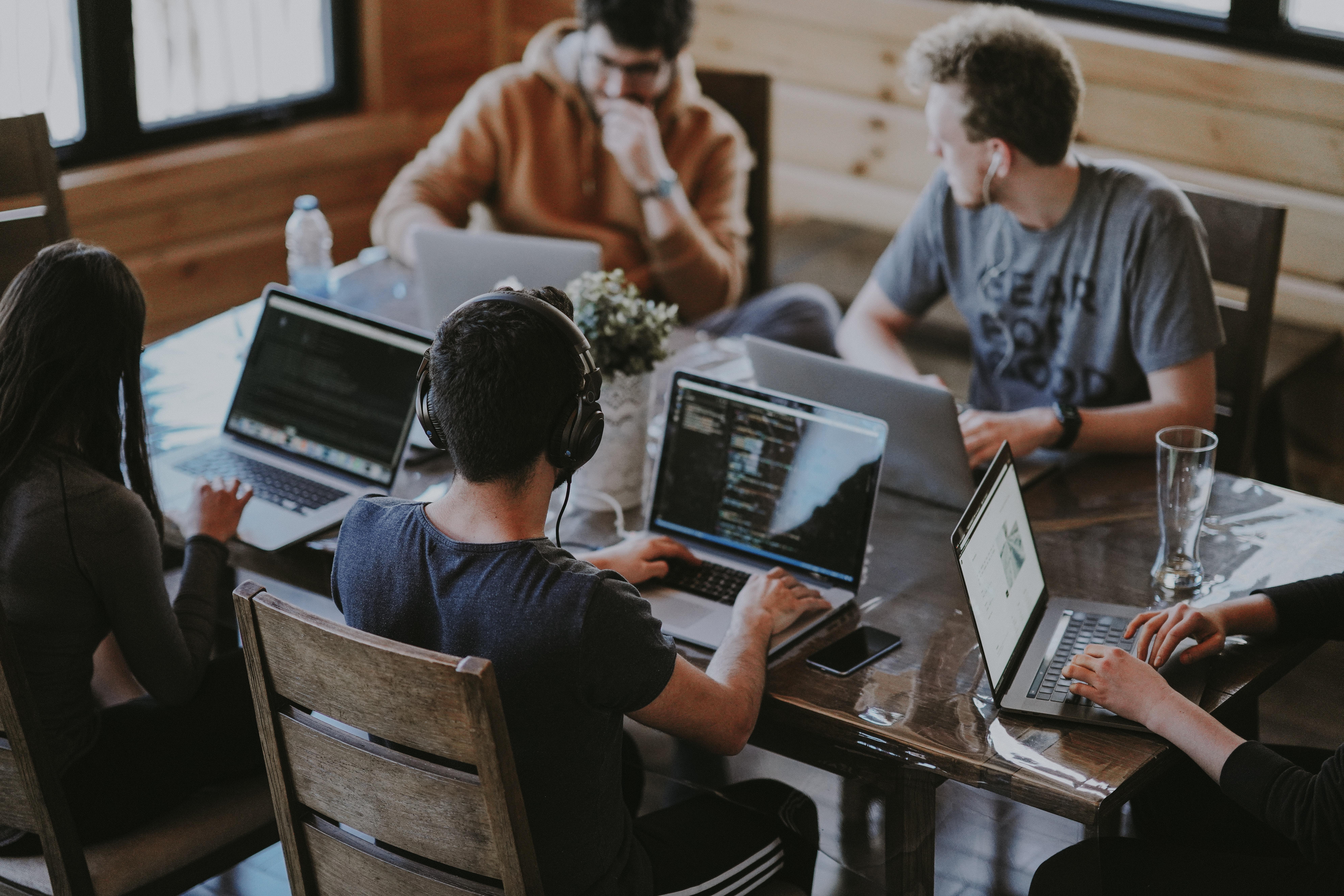 Ventajas de convertir tu lugar de trabajo en un espacio inteligente